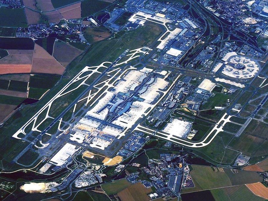 vue du ciel de l'aéroport de Roissy